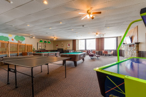 activities room at calabogie lodge